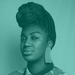 Amélie Ebongué - LinkedIn Expert - Round